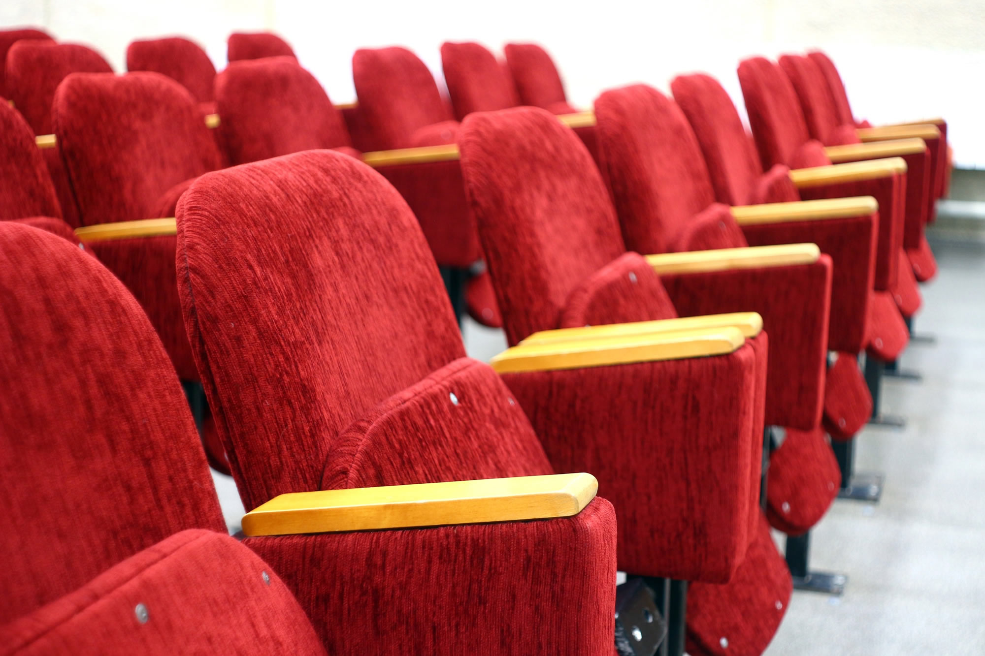 auditorium-chairs-cinema-257385